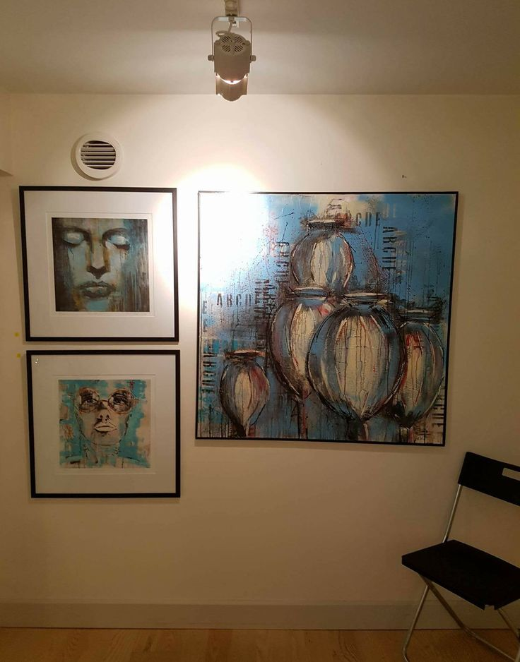 """From my shared exhibition at gallery """"My art factory"""" in Norrköping/Sweden. #art #acrylic #poppypods #giclee #portrait #limitededition #norrköping #sweden #exhibition #utställning #frankforsman #picturesbyfrank"""