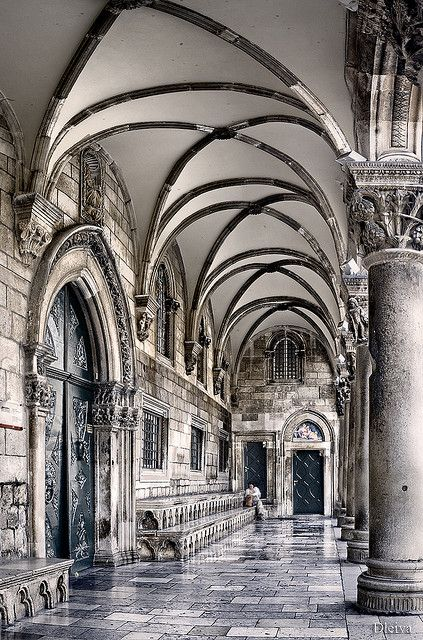 the Rector's Palace, old town, Dubrovnik, Croatia Looks like a Harry Potter corridor @Olivia García García García García Moskowitz