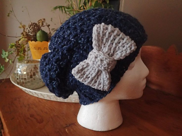 Children's Slouchy with oversized Bow