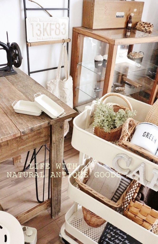 ●クリームバニラ色が可愛い*新しいペンキ&真似したいインテリア● の画像|・:*:ナチュラルアンティーク雑貨&家具のお部屋・:*