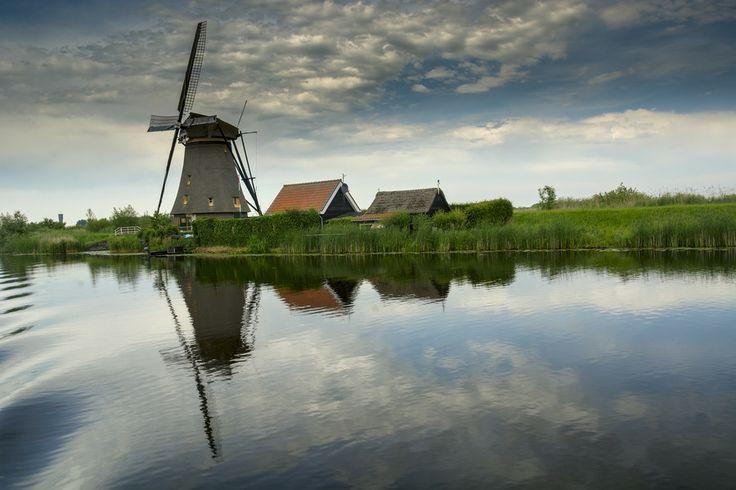 Dutch reflection by Rob Janssen on 500px