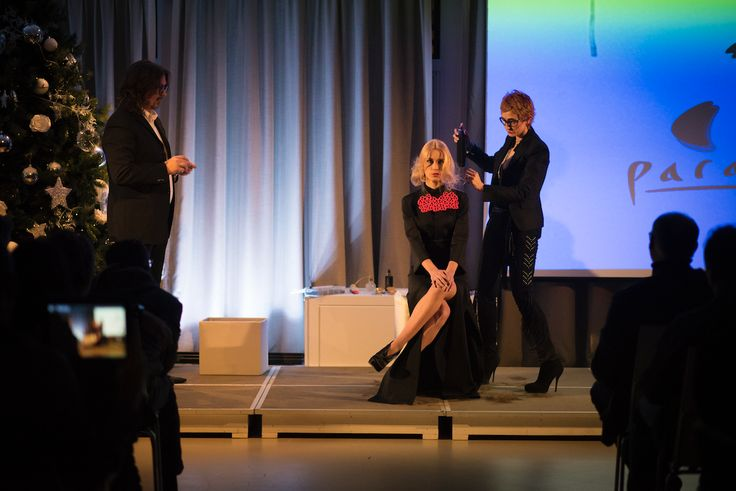 Photos from #HappyHour2016 by @kultoacademy   #giusydonghia #kultohairacademy #parrucchieri #tendenze #capelli #salonibellezza #bellezza #capelli #hair #hairdesign #style #cut #color #acconciature