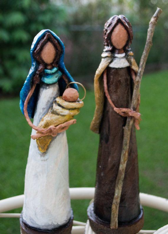 Nacimento en Escultura de Papel Reciclado por ArtesaniasCalichi