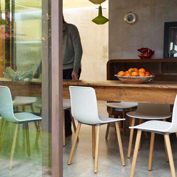 chaises hal wood de jasper morrison parfaites pour moderniser une table rustique vitra. Black Bedroom Furniture Sets. Home Design Ideas