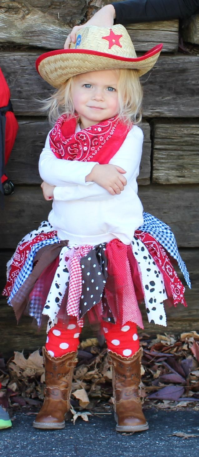 Toddler Cowgirl Halloween Costume - fabric cowgirl Tutu!!