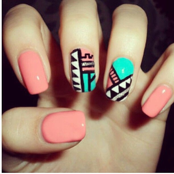 Love, love, love these #Tribal nails!