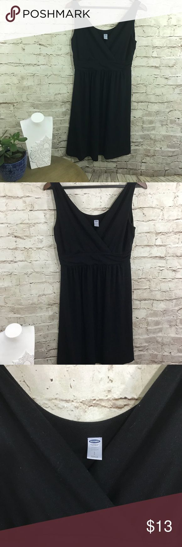 Old navy black maternity dress Gently used black maternity dress. Size M. Old Navy Dresses Midi