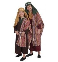 Este disfraz de Hebreo con manta es perfecto para la época navideña en la que tienen lugar representaciones de belenes vivientes y funciones de teatro escolares. También puede servir como San Jose.  El disfraz incluye: Túnica,manta y pañuelo.