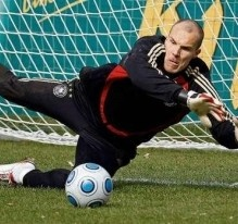 Robert Enke made his pro debut by playing against Hannover 96 from the second division of the Bundesliga. From the season 2002 until 2004, Robert played with what is call today the best club in history, F.C.Barcelona, where he only had one appearance.  His last team was Hannover 96 were he played five seasons until his death.