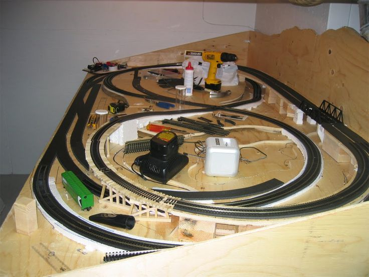 Layout Scenery HO Scale at .modelleisenbahn-figuren.com · Train TableTable PlansModel ... & 78 best Display and Club Layouts images on Pinterest | Model trains ...