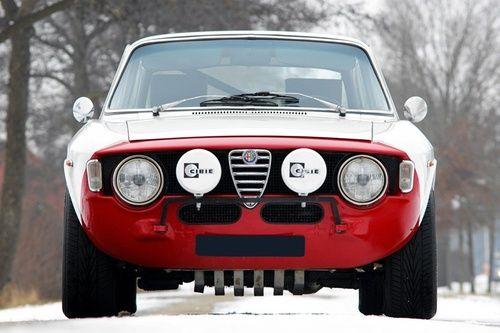 Alfa Romeo Giulia GT //