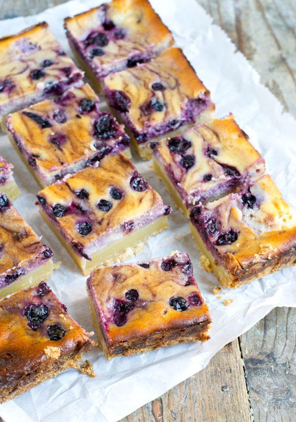 Ook op een mooie zomerdag heb je vast een keer zin om iets lekkers te bakken. Deze Blueberry Cheesecake Bars kan ik jullie van harte aanbevelen! Als we met mooi weer naar het strandje gaan of gaan varen vind ik het leuk om iets lekkers te maken. Ik ben er een voorstander van om allemaal... LEES MEER...