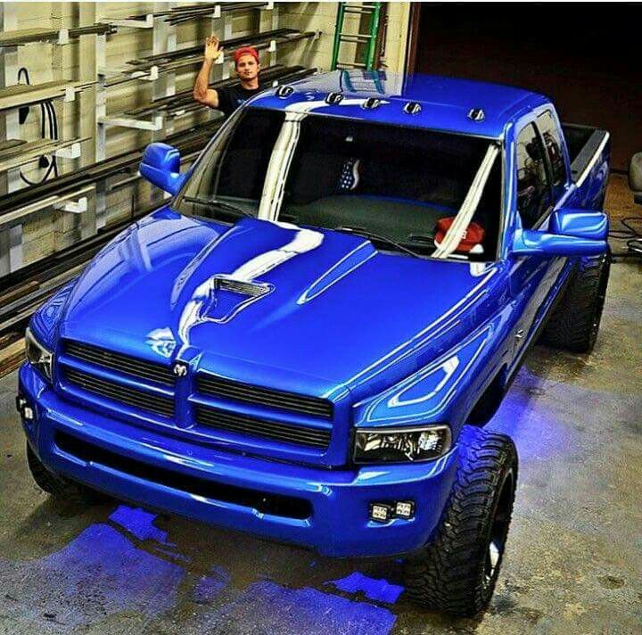 A very very Blue 2nd Gen Dodge Cummins! Haha