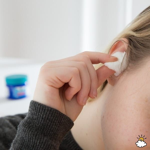 """According to KSL.com: """"For mild earaches, use a small amount of Vicks VapoRub on a cotton ball and put it in your ear for several hours, several times a day. This will help reduce the pain, but it will not clear up a possible infection."""""""