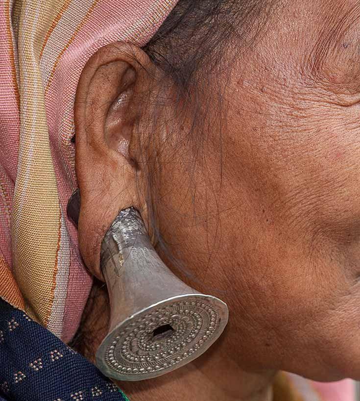 India - Arunachal Pradesh   Details: Mishmi woman   ©Frans Devriese