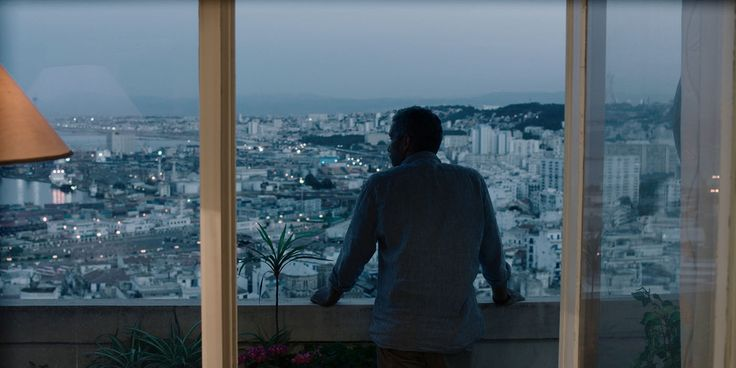 À l'occasion de l'Arras Film Festival, découverte du film Les Bienheureux de Sofia Djama, œuvre captant les parcours croisés d'Algérois pendant vingt-quatre heures.