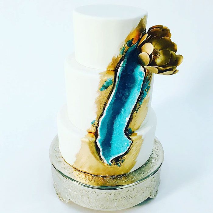 New Geode Wedding Cake Trend! | ZuZog | Things, Creatures, and Cool
