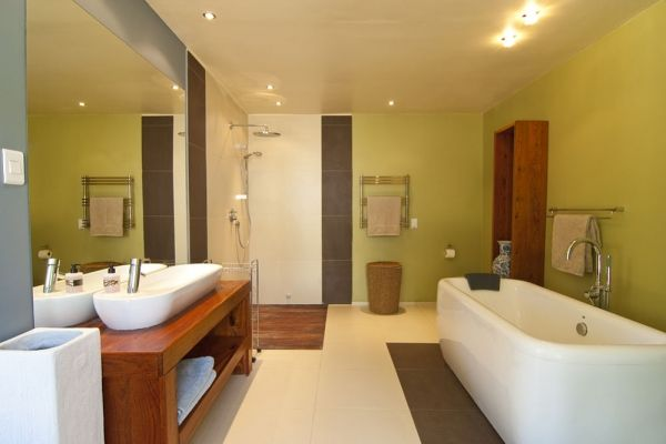 Universal design--bathroom.  note: vanity and tub is not universal designed.