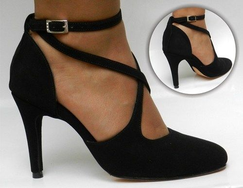 Both practical to dance in and elegant. What more could you want from a tango shoe?  www.bkduncan.com
