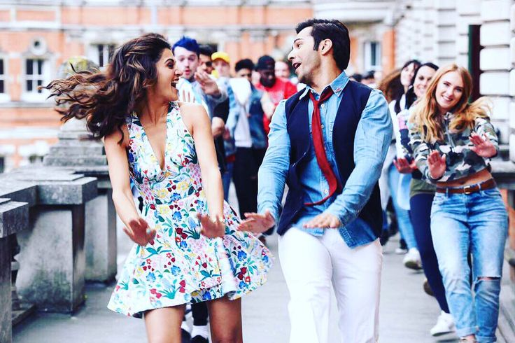 Excitement for Judwaa 2 song Oonchi Hai Building 2.0 is very palpable, fans are just waiting for the song to release but Taapsee Pannu peaks the excitement