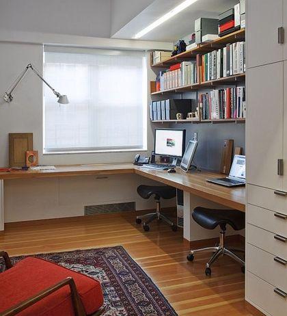 침실을 제외한 또하나의 나만의 공간인 홈오피스. 여러가지 용도나 말로 쓰이고 있죠 컴퓨터방이 될수도 공...