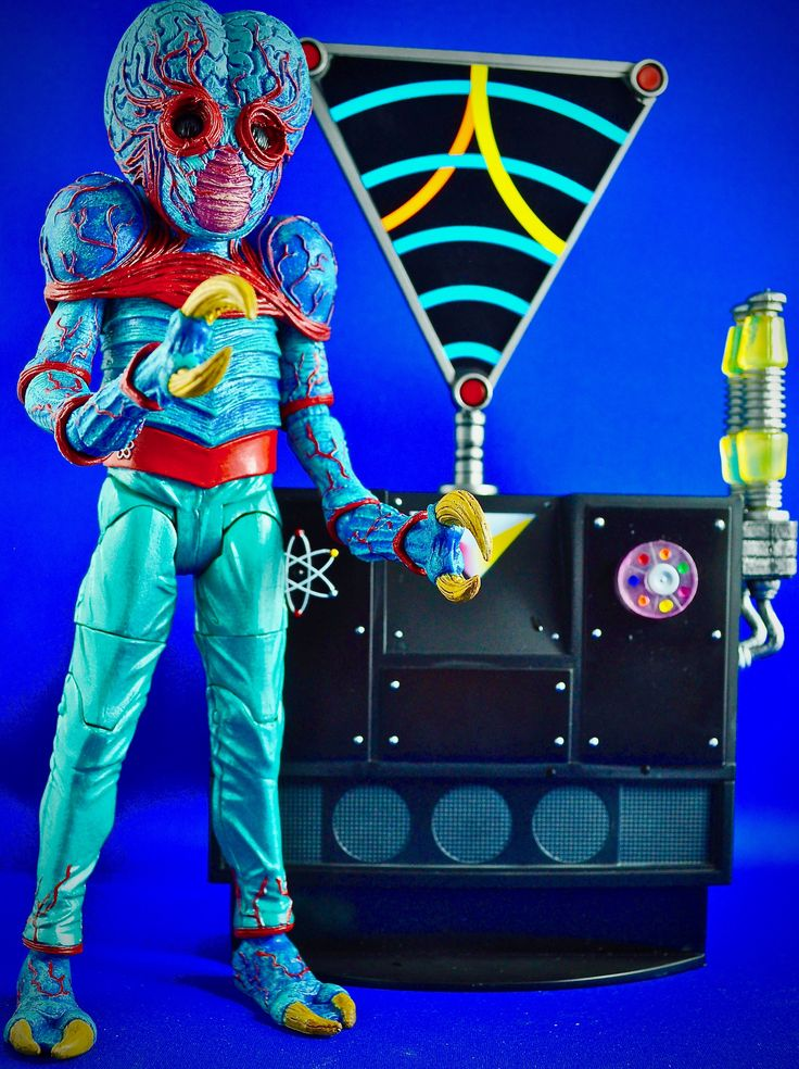 The Metaluna Mutant and the interocitor!  Photo by Stan G. Hyde
