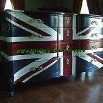 Buffet Motif Bendera Inggris Mewahmerupakan produkmebel jeparayang sangat mewah dan unik dengan model motif bendera negara inggris dan terdapatnya laci