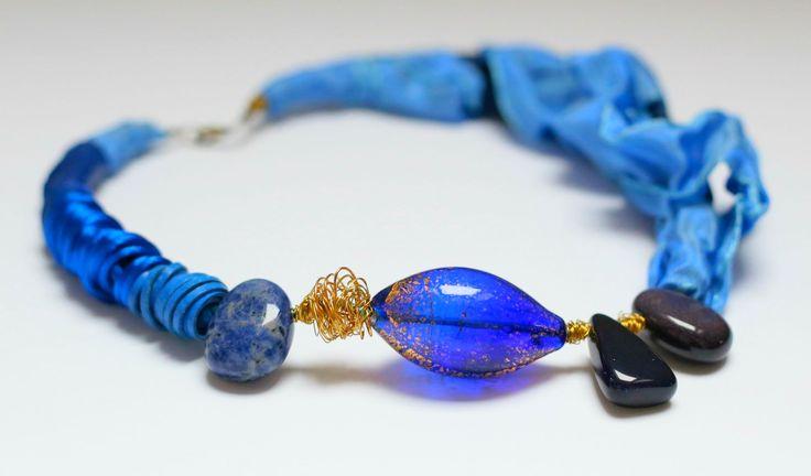 blue design necklace, check up at https://www.etsy.com/shop/Alwond