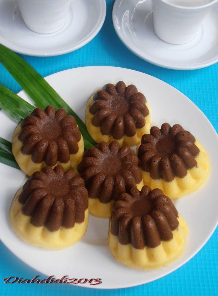 Diah Didi's Kitchen: Cake Kukus Labu Kuning Lapis Coklat