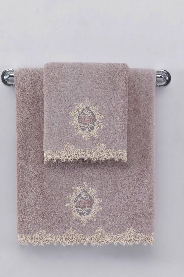 Luxusné froté osušky DESTAN 85x150cm s čipkou poskytujú výbornú savosť a dodajú Vašej kúpeľni osobitý štýl