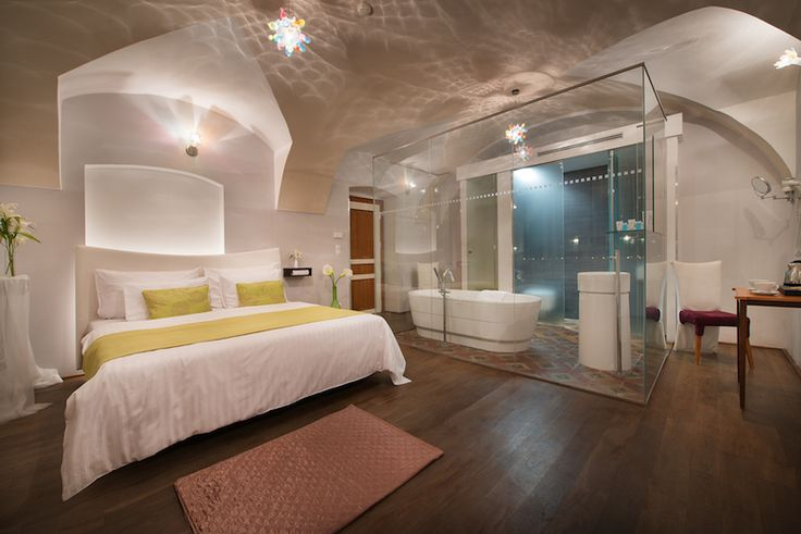 Romantic Design Deluxe room