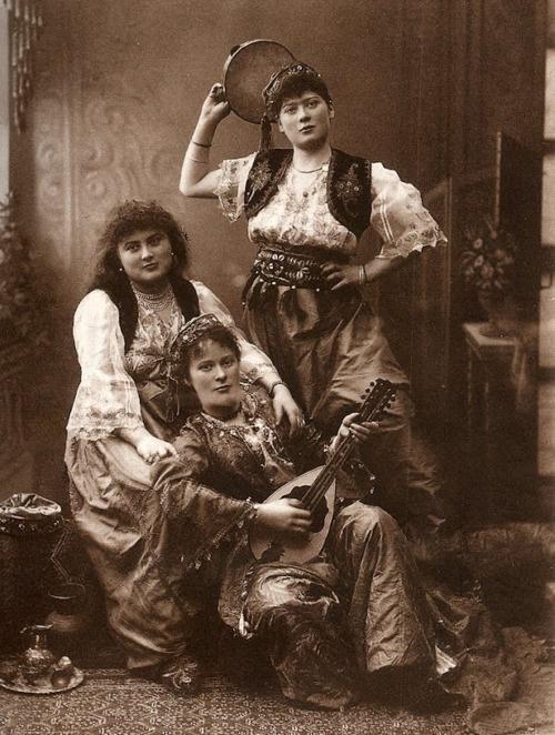 For women: Pascal Sebah, (1857-1908) Istanbul