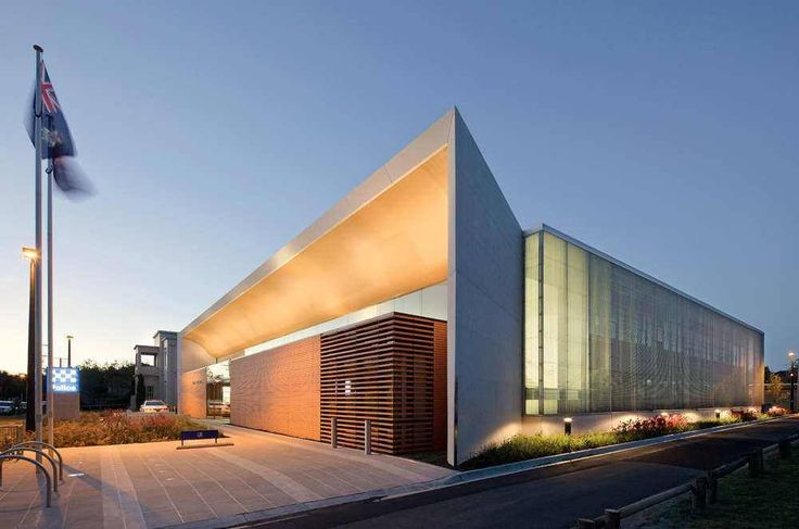 Building of the day - Bayside Police Station Sandringham, Australia by FJMT http://www.archdaily.com/135858/bayside-police-station-fjmt