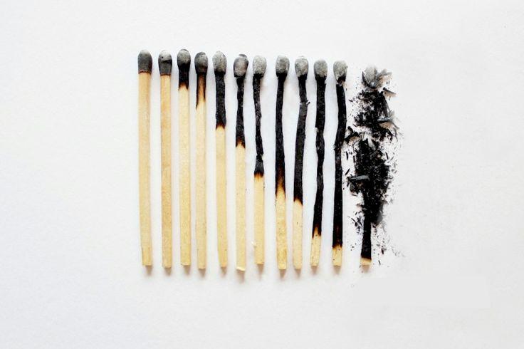 BREVES,TIPS  TIPS: QUEMADURAS  Para aliviar el dolor de una quemadura leve, simplemente corte una frutilla (fresa) a la mitad y frótela sobre el área afectada. Esto calmará el ardor y ayudará a una más pronta regeneración de la piel dañada.  http://www.thevalues.club/breves/tips-quemaduras