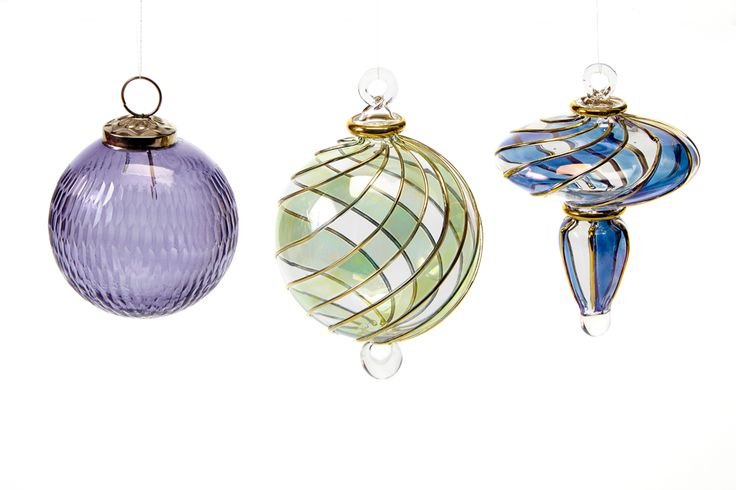 These beautiful 14K gold glass ornaments made in Eqypt are at the Shop at AGH and going fast. Stop by today to see more varieties. #shopatagh #artgalleryofhamilton #glass