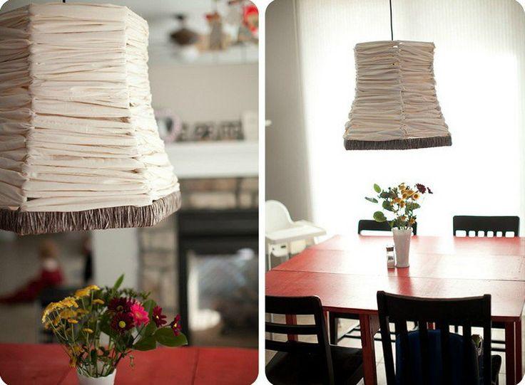 abat-jour original fait maison en bandes de mousseline et corde