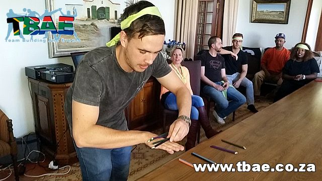 Back Flip Team Building Exercise #backflip #minutetowinit