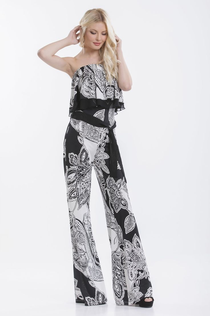 This impressive full-body jumpsuit will catch the eye with its absolutely cool style! The airy ruffle suits perfectly with the sloppy loose trouser line, while the belt, which shows off the waist, gives extra femininity.   https://stavfashion.com/en/product/1713022_offwhiteblack/