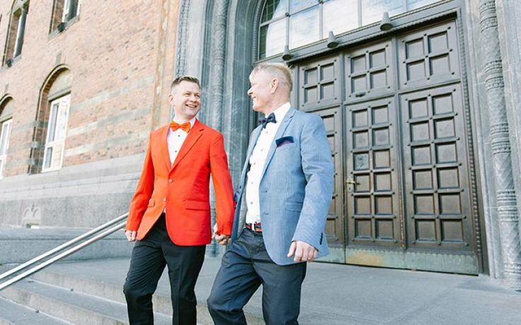 I kan fejre jeres bryllup og blive gift på Københavns Rådhus. Her er billeder bl.a. fra de romantiske og atmosfærefyldte bryllupslokaler.