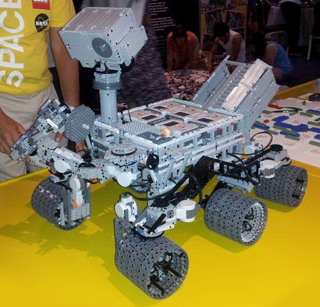 NASA Curiosity Mars Rover #lego: Mars Rovers, Curio Rovers, Lego Curio, Curiosities Rovers, Rovers Curio, Curio Mars, Lego Stuff, Mars Curio, Lego Mindstorm