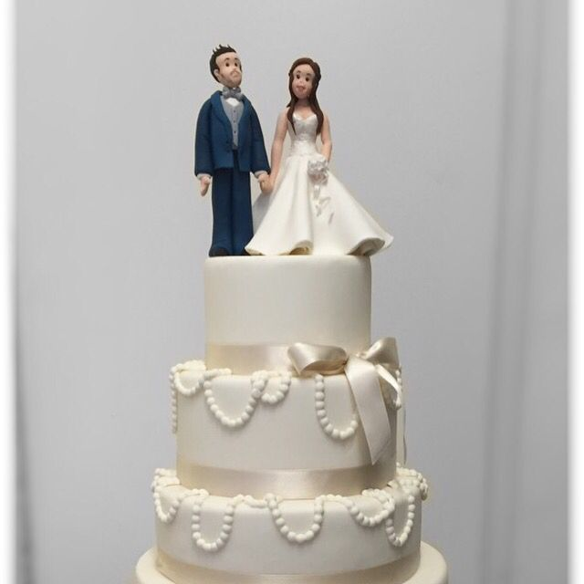 Wedding cake total ehi te