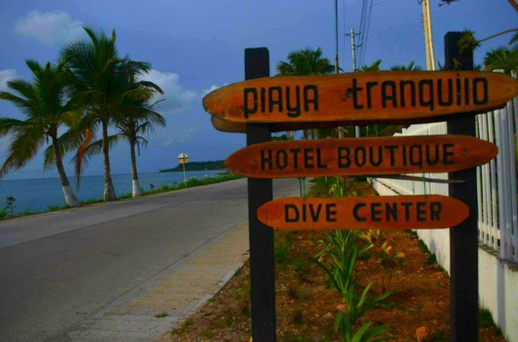 Hotel Boutique Playa Tranquilo & Centro de Buceo Scuba San Andres están ubicados en el cove km 8.5 nuestra mejor referencia es 5 minutos hacia el sur de la Cueva de Morgan!! No se pierdan y vengan a visitarnos!!