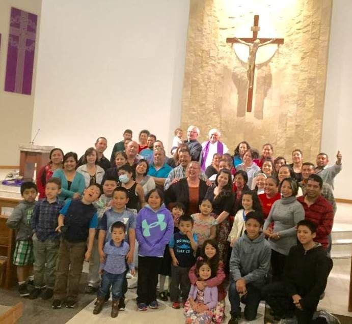 On March 5, 2017, Paulist Fr. Bruce Nieli led a retreat in Spanish at St. James Church in Kearney, NE.  He's seen here with the retreat participants.