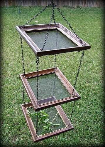 Herb Dryer. Awesome Idea.(See Upcycle board for more reuse-repurpose ideas.)
