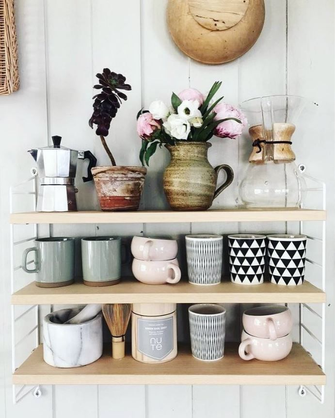 Kitchen Shelf Decor Ideas: Best 25+ Tea Cup Display Ideas On Pinterest