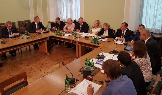 Zakończyło się pierwsze, otwarte dla mediów posiedzenie sejmowej komisji…
