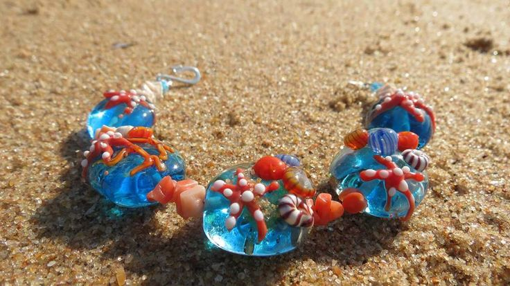 Dragonfire Beads in Lion's River is making waves with her stunning glass beadworks, handmade from Venetian glass. www.midlandsmeander.co.za