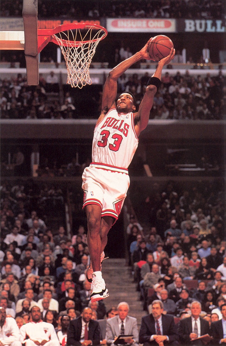 Scottie Pippen, freak athlete, amazing defender and somehow very forgotten.