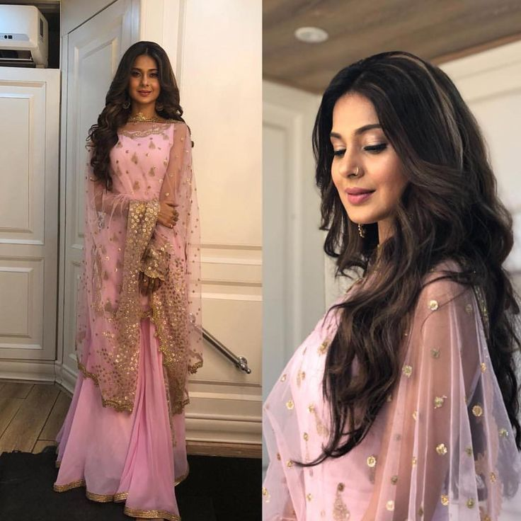 She is such a stunner . Jennifer Winget looking pretty in Pink. Follow @InstantBollywood for latest updates. . . #jenniferwinget #Instantbollywood #bollywood #ethnicwear