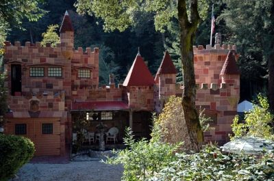 21 Beautiful Famous Castles in California  Howden Castle